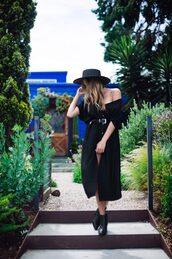 hustle and halcyon,blogger,dress,shoes,hat,belt,jewels,felt hat,midi dress,ankle boots