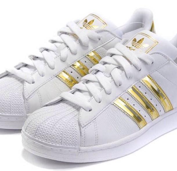 shoes superstar adidas shoes sneakers gold wheretoget. Black Bedroom Furniture Sets. Home Design Ideas