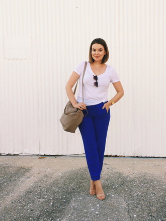 a pretty penny blogger pants t-shirt bag