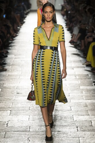 dress bottega veneta joan smalls milan fashion week 2016 spring outfits spring dress midi dress