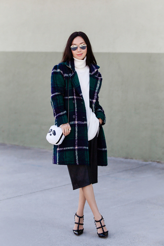 fit fab fun mom blogger coat shoes bag scarf sunglasses jewels jacket