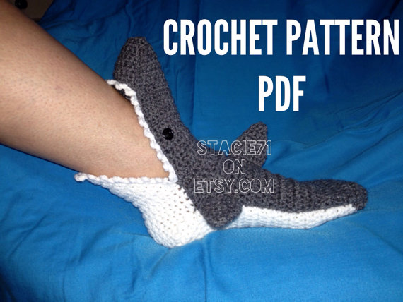 Crochet PATTERN per Shark Slipper Socks taglie adulto di stacie71
