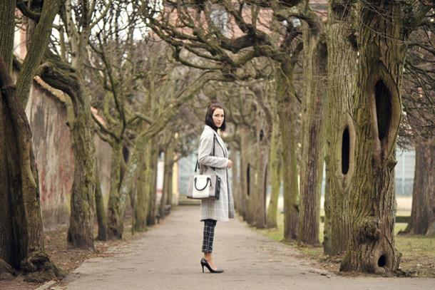 shiny sil blogger pants coat bag jewels