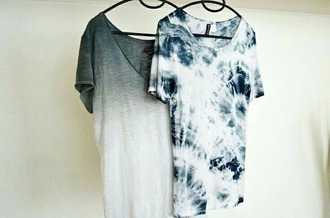 t-shirt grunge faded grey white tie dye blue