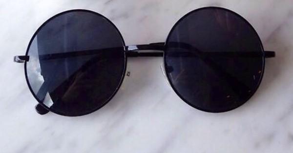 sunglasses black round