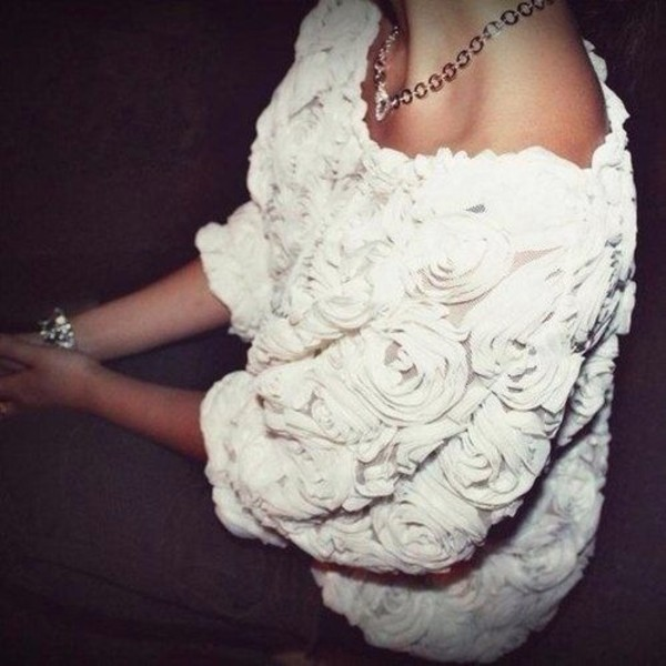sweater white sweater white rose sweater floral sweater floral roses rose beautiful girly beautiful sweater swag blouse