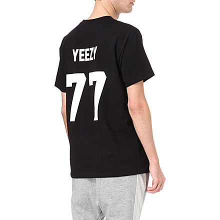 LES (ART)ISTS - Yeezy 77 t-shirt | selfridges.com