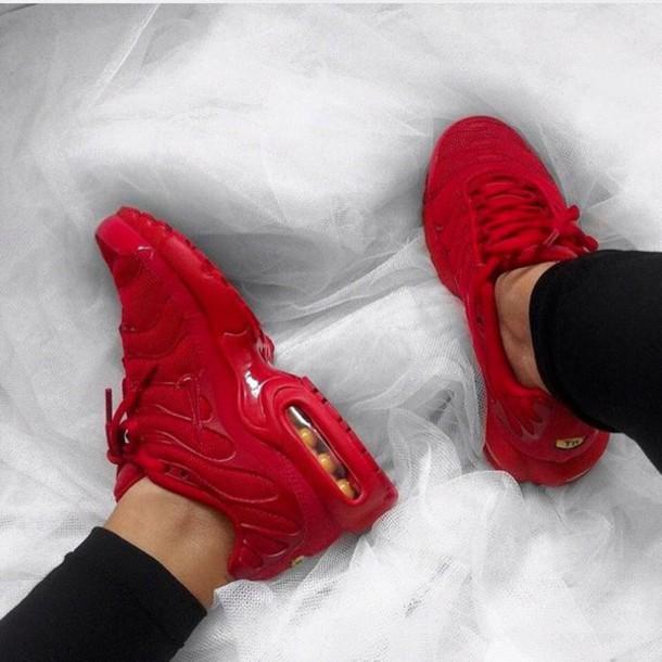 579476601 shoes red nike shoes nike sexy red nike shoes red sneakers nike sneakers  air max swag