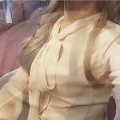 blouse,classy,victorian,ruffle,ribbon,collar