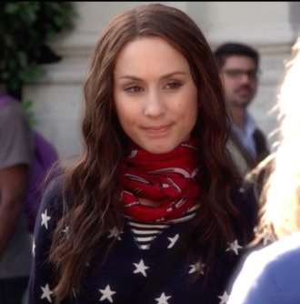spencer hastings pretty little liars scarf