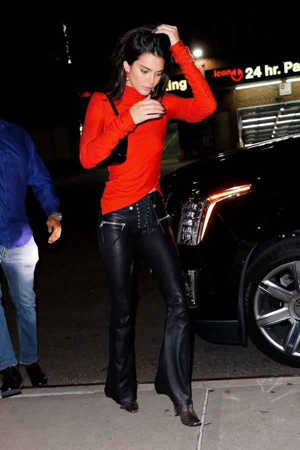 pants kendall jenner kardashians streetstyle fall outfits