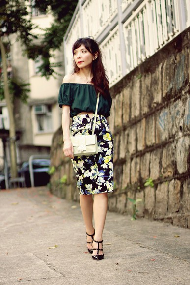 blogger sunglasses jacket skirt bag blouse mochaccinoland