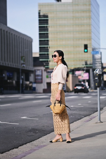 hallie daily blogger sweater top skirt sunglasses shoes jewels bag maxi bag mid heel pumps raffia bag