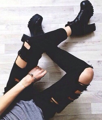 shoes black boots tumblr outfit big boots leather boots clothesencounters ripped jeans buckle boots