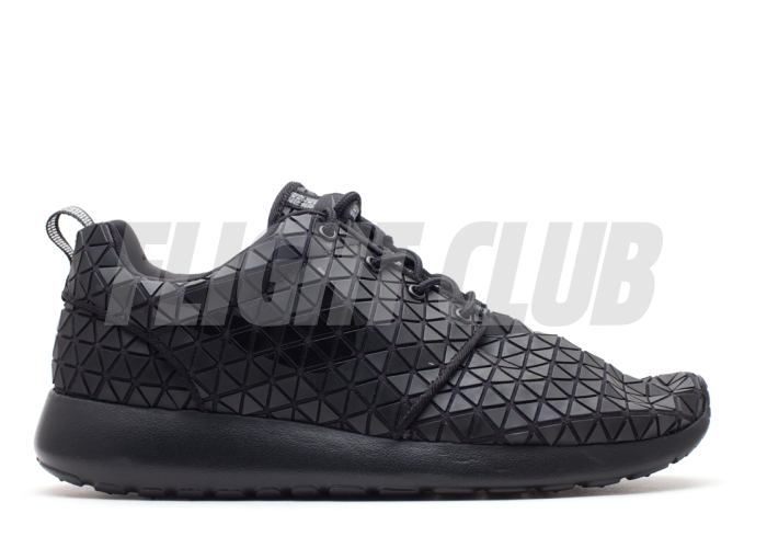 w's roshe run metric qs - black/black-black  | Flight Club