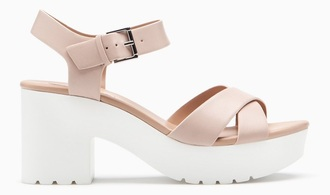 shoes nude nude shoes sandals heels sandal heels chunky pink high heels high heel sandals summer pink sandals