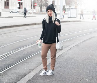 style lime light blogger sweatpants adidas shoes superstar