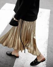 skirt,tumblr,midi skirt,gold skirt,pleated,pleated skirt,metallic pleated skirt,metallic skirt,shoes,black shoes,gucci,gucci shoes,mules,gucci princetown,sweatshirt,watch