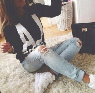 sweater earphones gloves hair accessories hat jeans