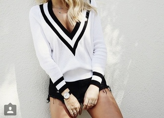 sweater stripes black and white