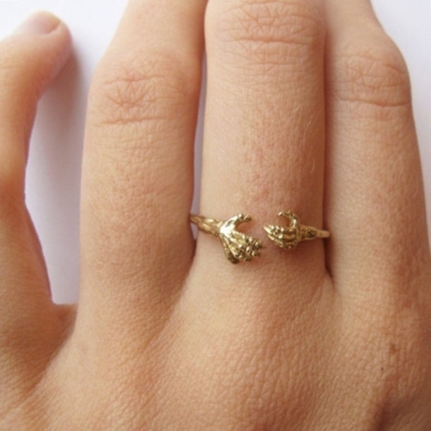 Jewels ring ring gold gold ring hands hand ring tumblr
