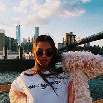 t-shirt tumblr girl sweatshirt white hipster