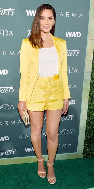 shorts yellow blazer sandals olivia munn top celebrity jacket