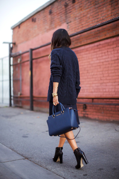 navy song of style blogger bag knitwear oversized jewels black boots