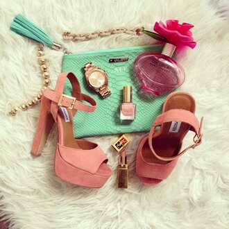 fashionhippieloves shoes bag jewels sweater skirt dress belt jacket pants sunglasses jeans pink sandals jewls