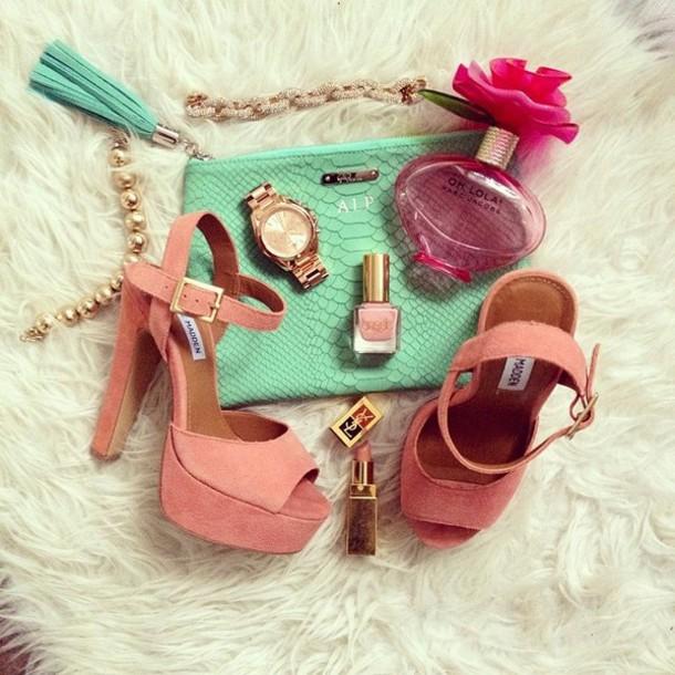 fashionhippieloves shoes bag jewels sweater skirt dress belt jacket pants sunglasses jeans pink sandals jewls