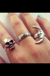 jewels,ring,gold,hot,summer,summer outfits,tumblr,skull,moon,goth