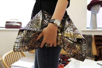 bag clutch slouchy black gold shine sexy crocodile silver handbag watch beautiful girl jewels