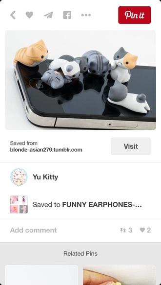 earphones cats phone jack
