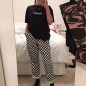 pants,checkered pants,checkered,loose pants,black and white