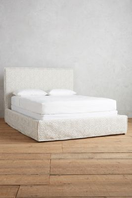 Yarn-Dyed Carlier Slipcover Bed