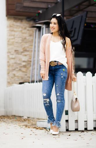 cute & little blogger cardigan top tank top jeans belt shoes jewels sunglasses bag make-up gucci belt pumps spring outfits