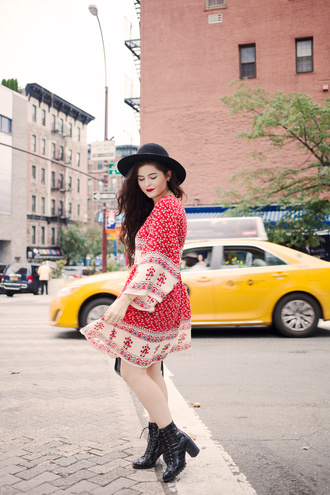 noelles favorite things blogger dress shoes hat jewels bag