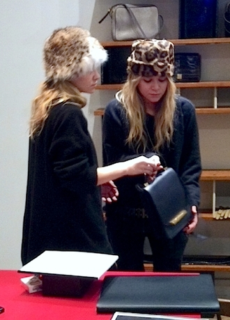 hat fur hat olsen sisters mary kate olsen ashley olsen