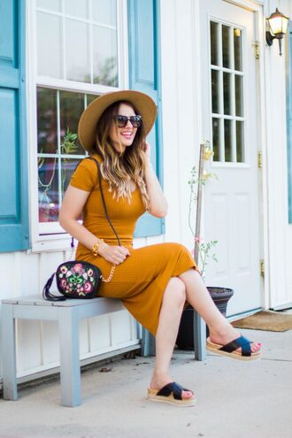 kiss me darling blogger dress shoes hat sunglasses jewels sandals mustard dress midi dress flat sandals shoulder bag summer outfits