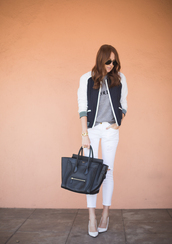could i have that,jacket,shoes,jeans,jewels,t-shirt,bag