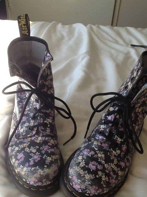 shoes boots floral stylish clothes