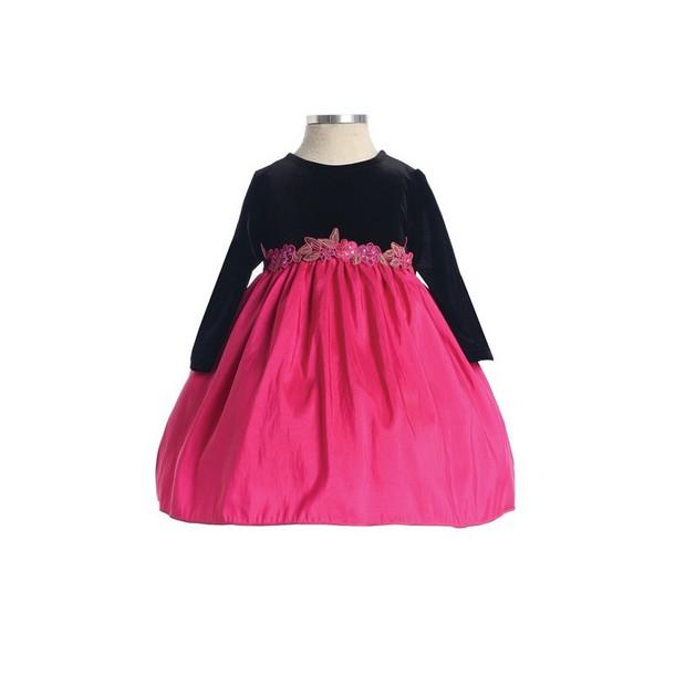 dress made of taffeta long sleeves charming design