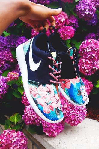 shoes nike running shoes floral pink navy nike roshe run