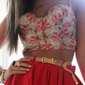 pink flowers,tank top,shirt,bustier,floral,pink,flowers,skirt,floral tank top,crop tops,belt,jewels,bralette,red skirt,red,clothes,corset top,high waisted skirt,shorts,dress,green,bottom,bandeau,floral bustier,floral bustier crop top,summer,summer top,gold belt,tumblr clothes,t-shirt,ring,bracelets,necklace,blouse,tan,crop,top