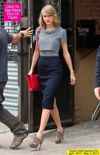taylor swift dress outfit style