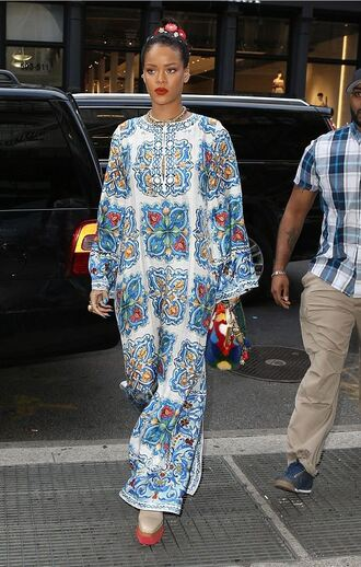dress rihanna maxi dress purse shoes bag long sleeved maxi dress