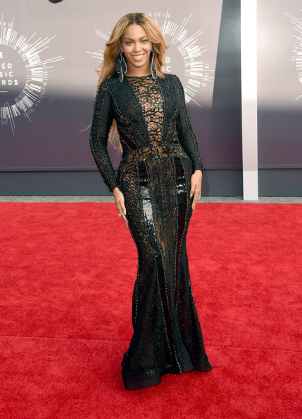 black dress beyonce mtv shoes vma