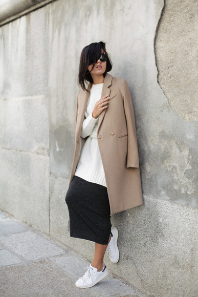 beige blogger lucitisima sneakers