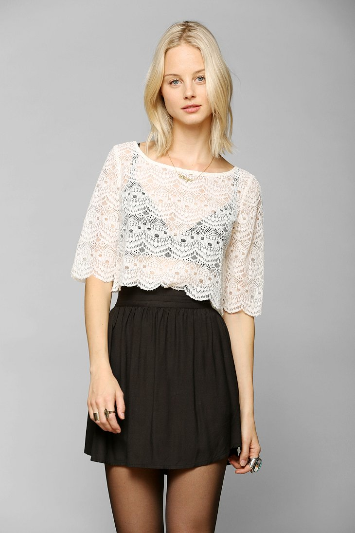 Tela Lace Cropped Tee - Urban Outfitters