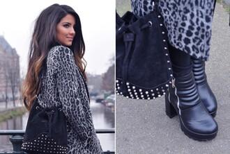 satisfashion blogger bag long coat leopard print black boots